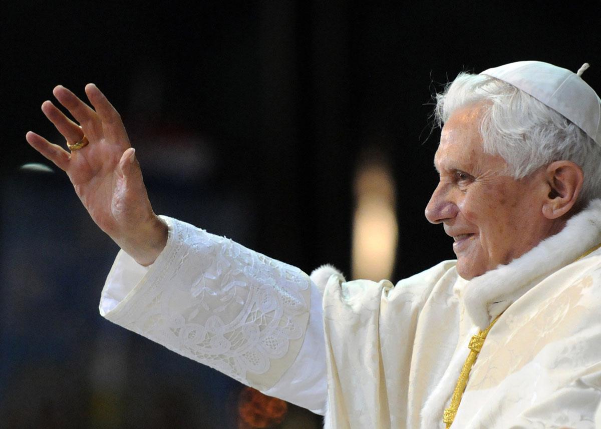 Papa Franjo zaredio 19 svećenika, među kojima je i Hrvat fra Stjepan Brčina