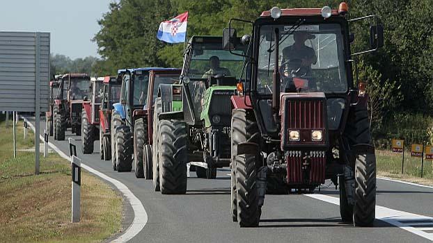 traktori PXL