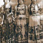 Djevojke s brenvanom kosom