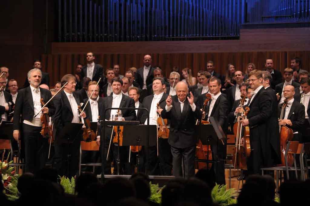 Becka filharmonija 74