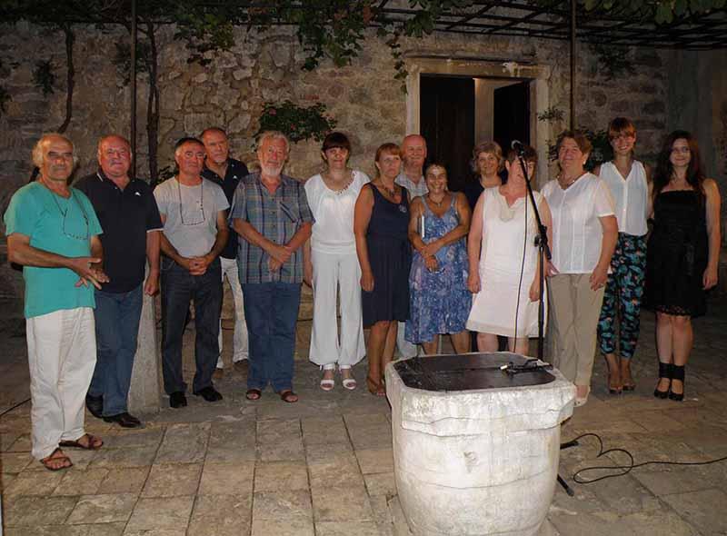 Sudionici 1 Večeri poezije Pod Kestenom u Benkovcu
