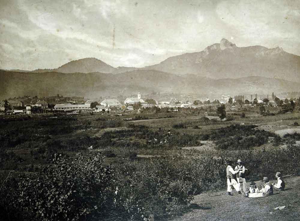 OGULIN veduta mjesta pod Klekom s pastirima u prvom planu  snimio Josef Löwy 1872