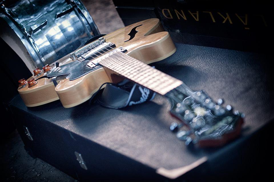KvARTura – Intro radionice za mlade glazbenike i izložba rock fotografije