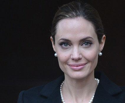 Angelina Jolie bila je raspušteno i divlje dijete