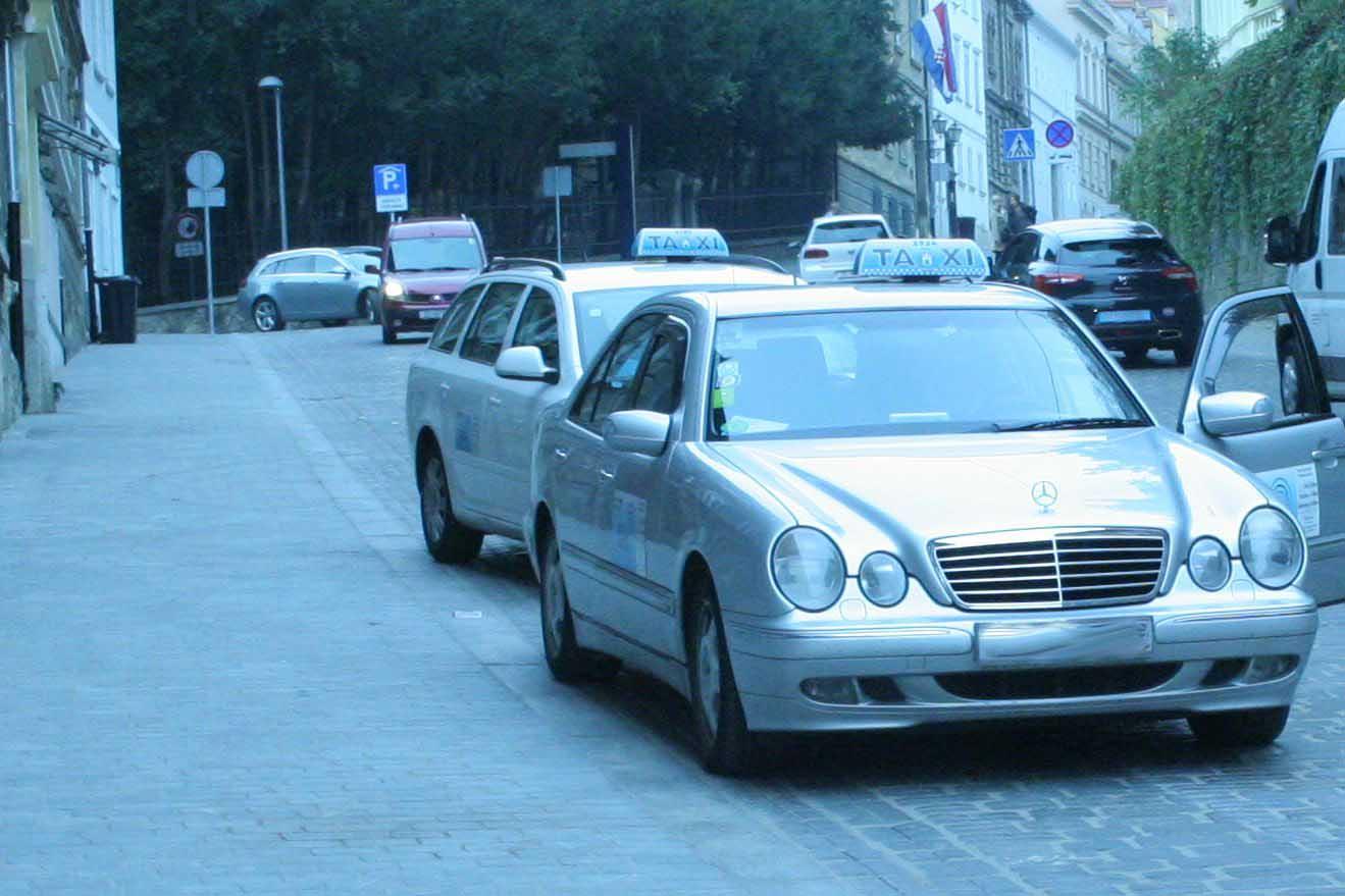 Mesnička taxi 1