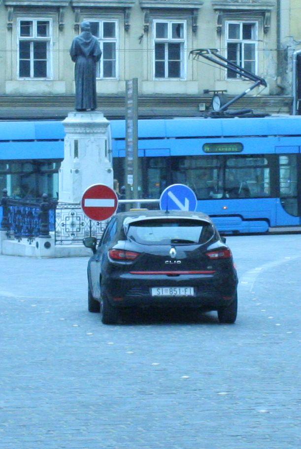 Mesnička fini parking