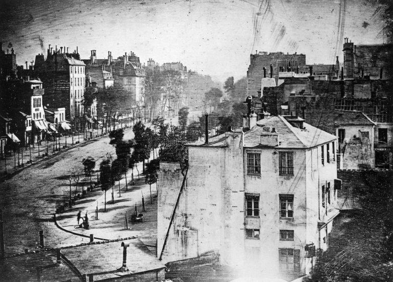 Prva fotografija ljudskog bića iz 1838. godine