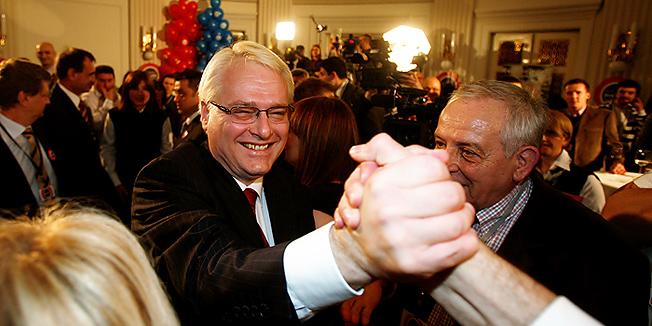 Josipovićev savjetnik Budimir Lončar u Beogradu dočekao jugoslavenske terororiste kao heroje
