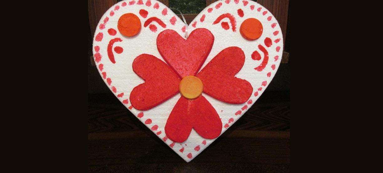 Ukrašavanje i izrada licitarskih srca i božićnog nakita