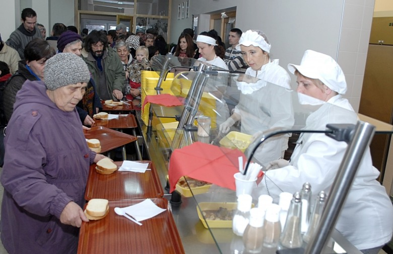 Sisak, grad u kojem građani čekaju na listi za pučku kuhinju