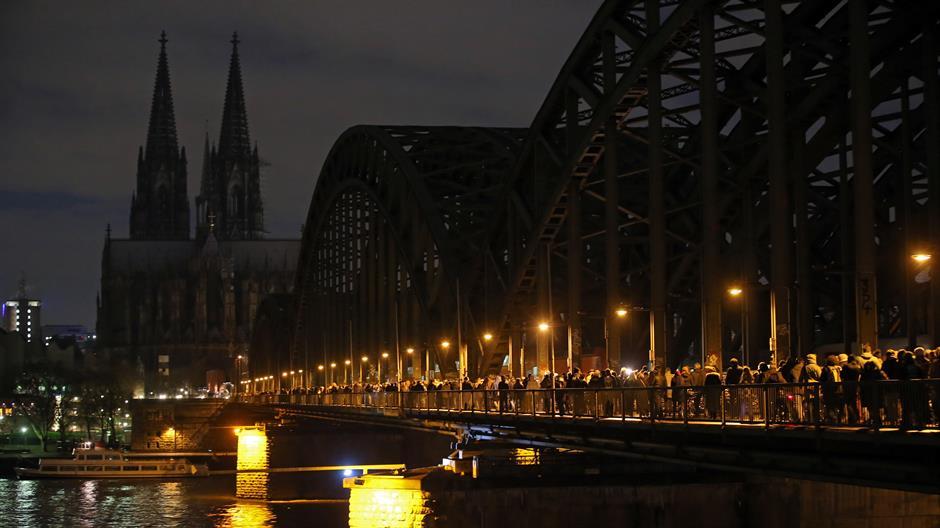 Katedrala u Koelnu ostaje crna