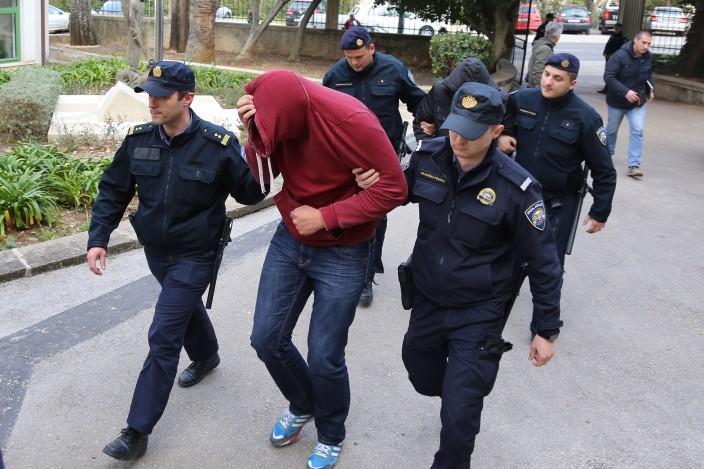 """""""Specijalci"""" uhitili 19 policajaca i dva Neretljanina"""