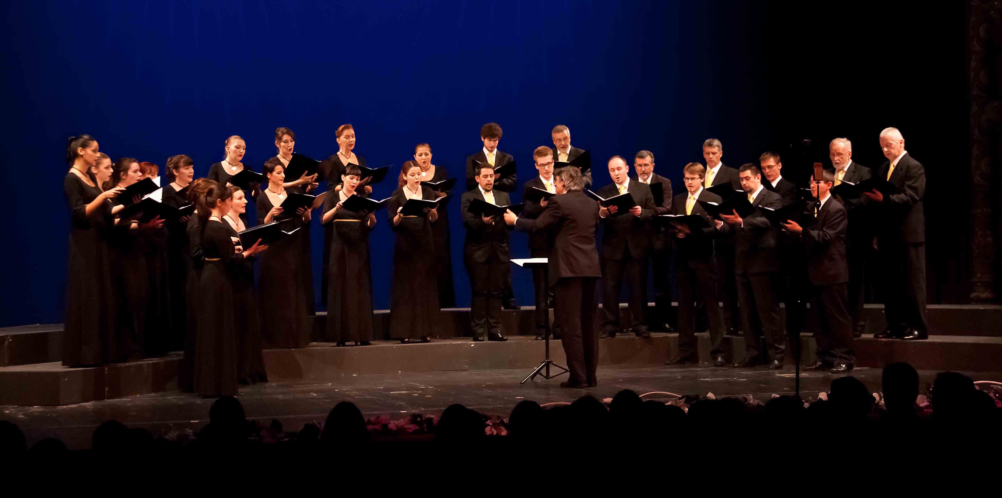 """Uskrsni koncert zbora Čarobna frula i Komornog zbora """"Ivan Filipović"""""""
