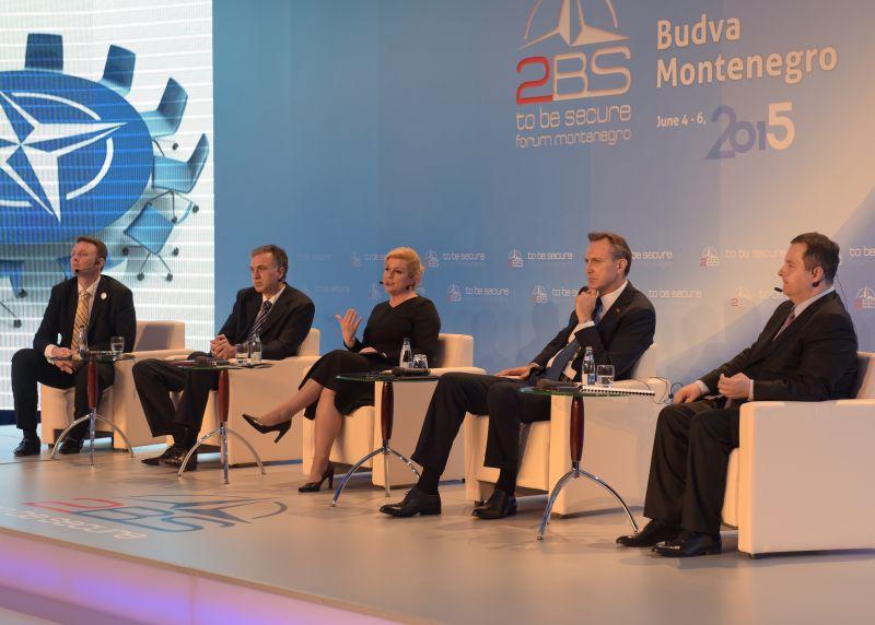 Predsjednica Grabar-Kitarović na 2BS forumu u Budvi