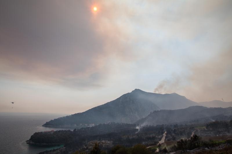 Na Pelješcu više nema otvorene vatre