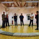 Kustosi i umjetnici na otvorenju izložbe
