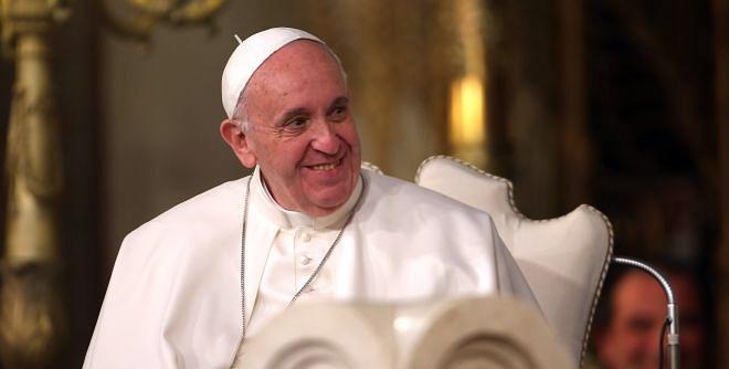 Papa Franjo na Instagramu, već objavio dvije slike