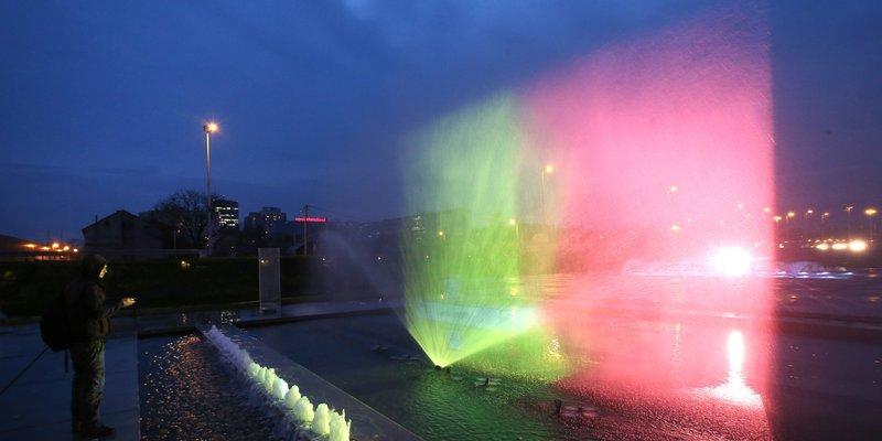Zagrebačke fontane u bojama belgijske zastave