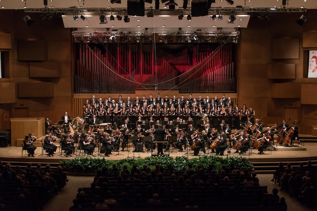 Koncert za život napunio Koncertnu dvoranu Vatroslava Lisinskog