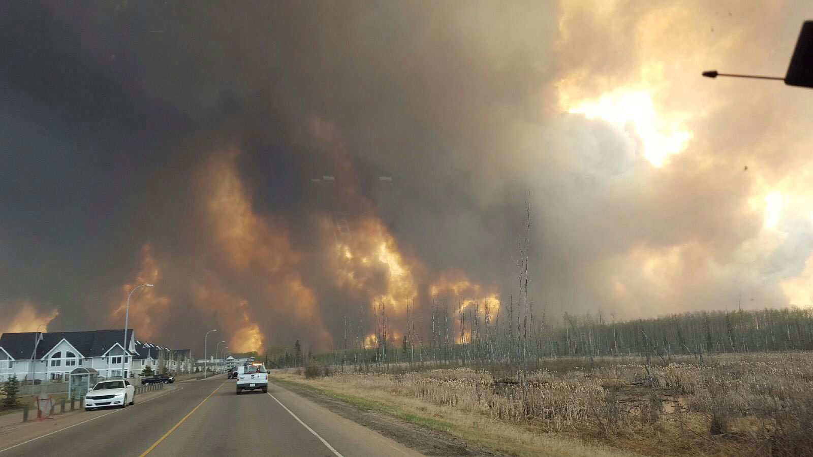 Fort McMurray fire 1