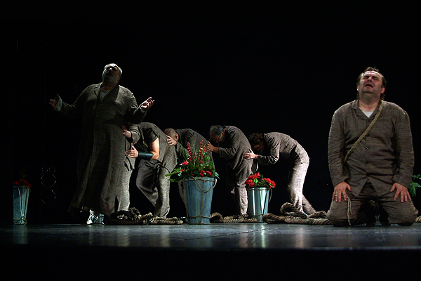 Prokleta avlija – nova predstava Kazališta slijepih i slabovidnih Novi život