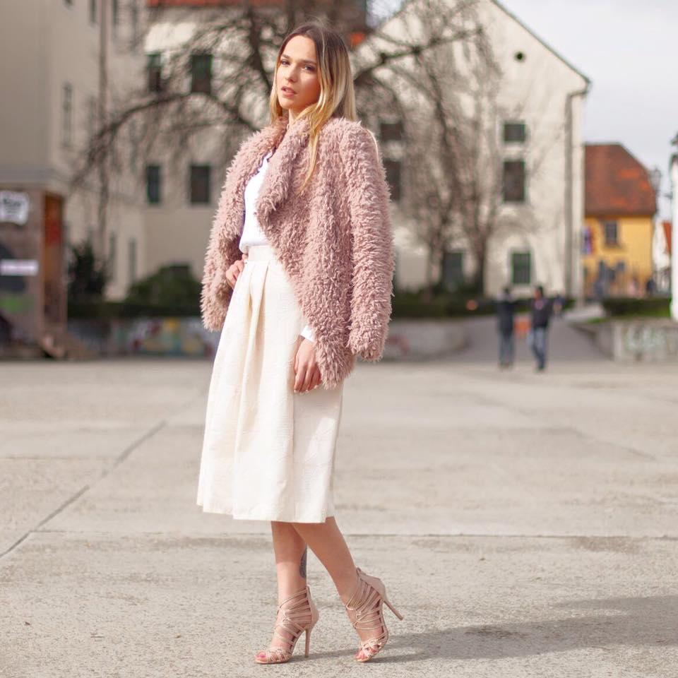 Modna preporuka: atraktivne i unikatne Kazamai suknje