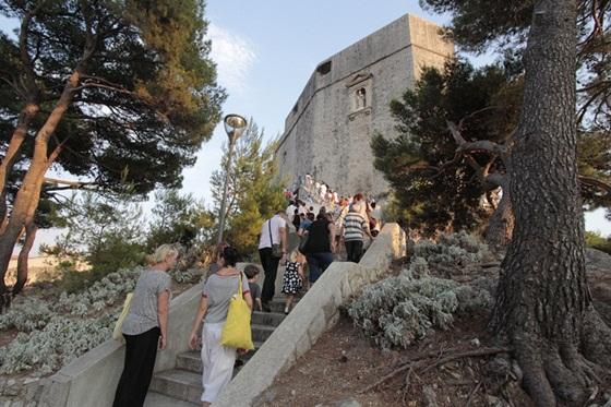 Sv. Lovro proslavljen na tvrđavi Lovrijenac