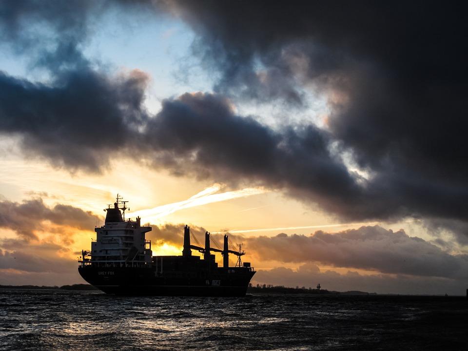 Otet malezijski tanker koji prevozi 900.000 litara nafte