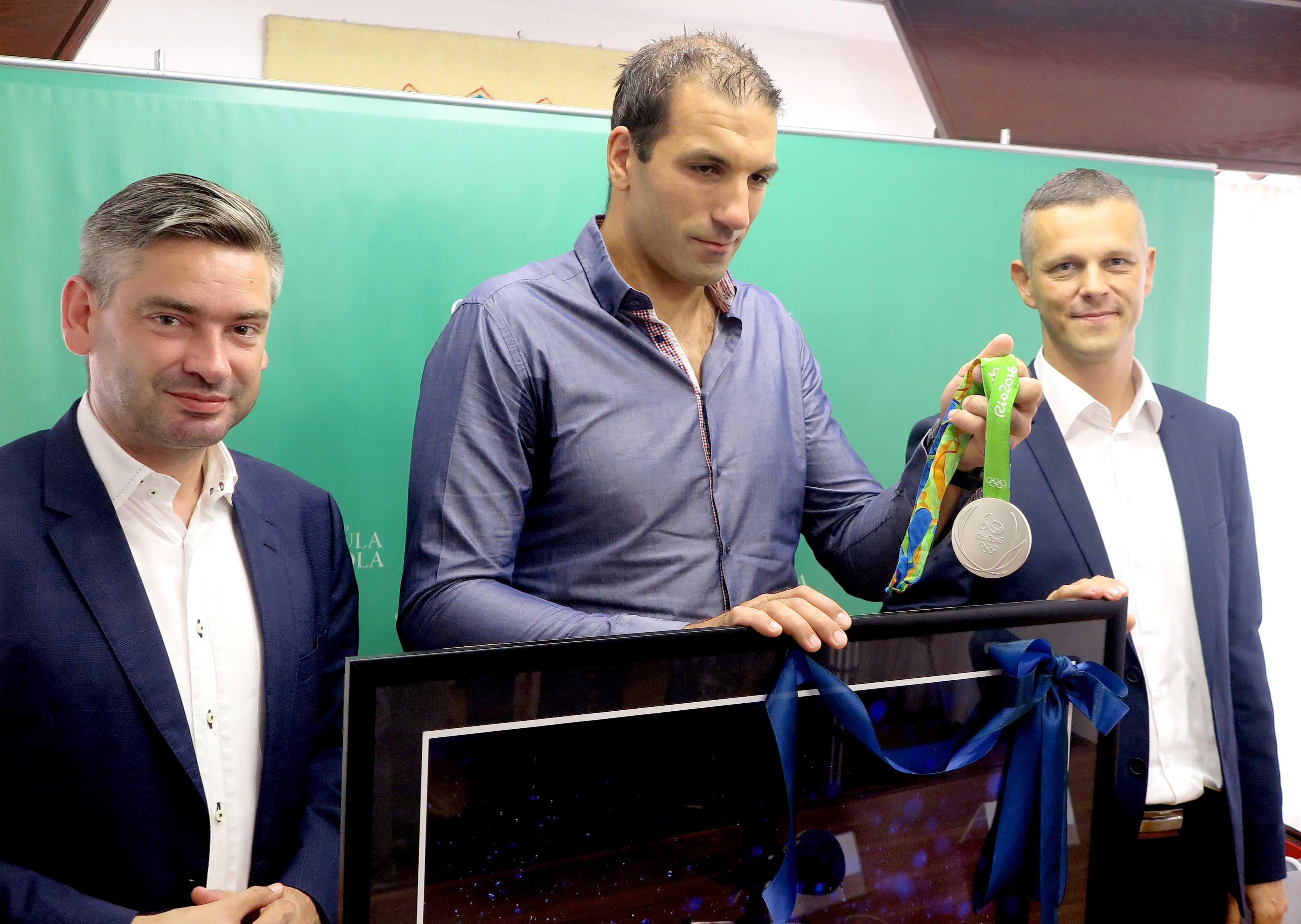Pula: Damir Burić kod župana i gradonačelnika