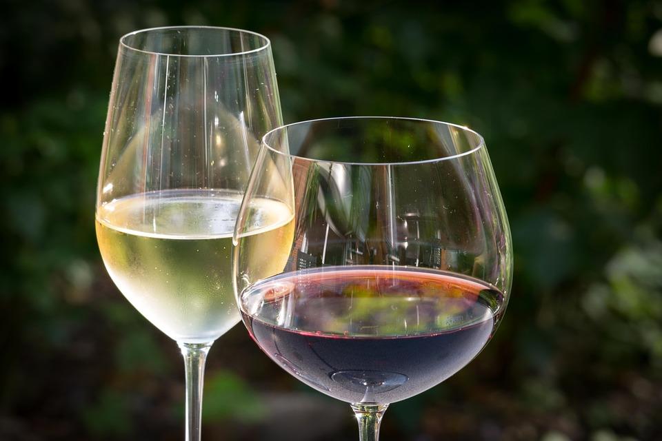 U Vrbniku otvoren prvi hrvatski vinotel