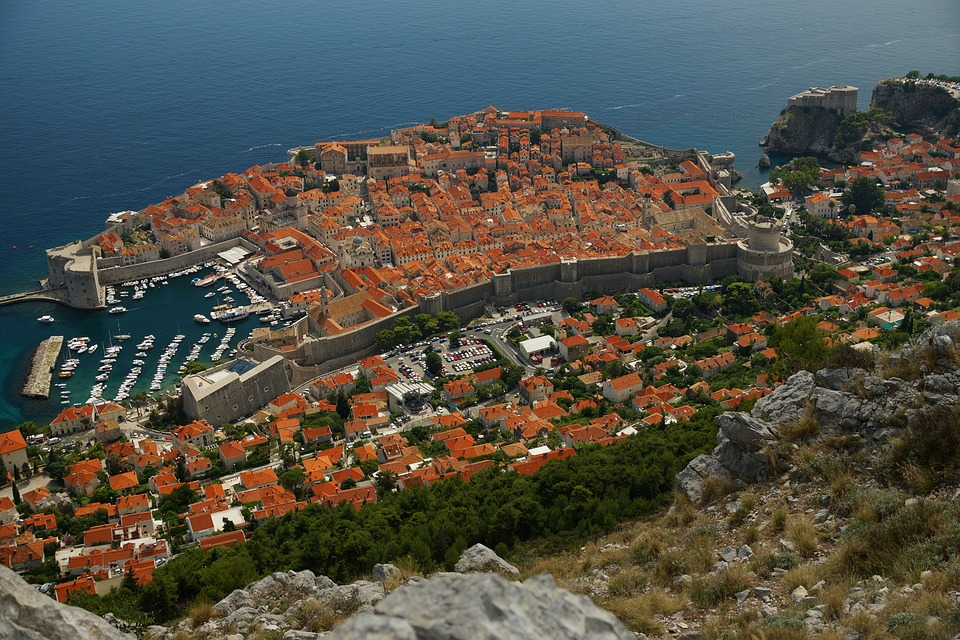 Bezobzirni odnos prema spomeničkoj sredini Dubrovnika za svrhe filma Robin Hood
