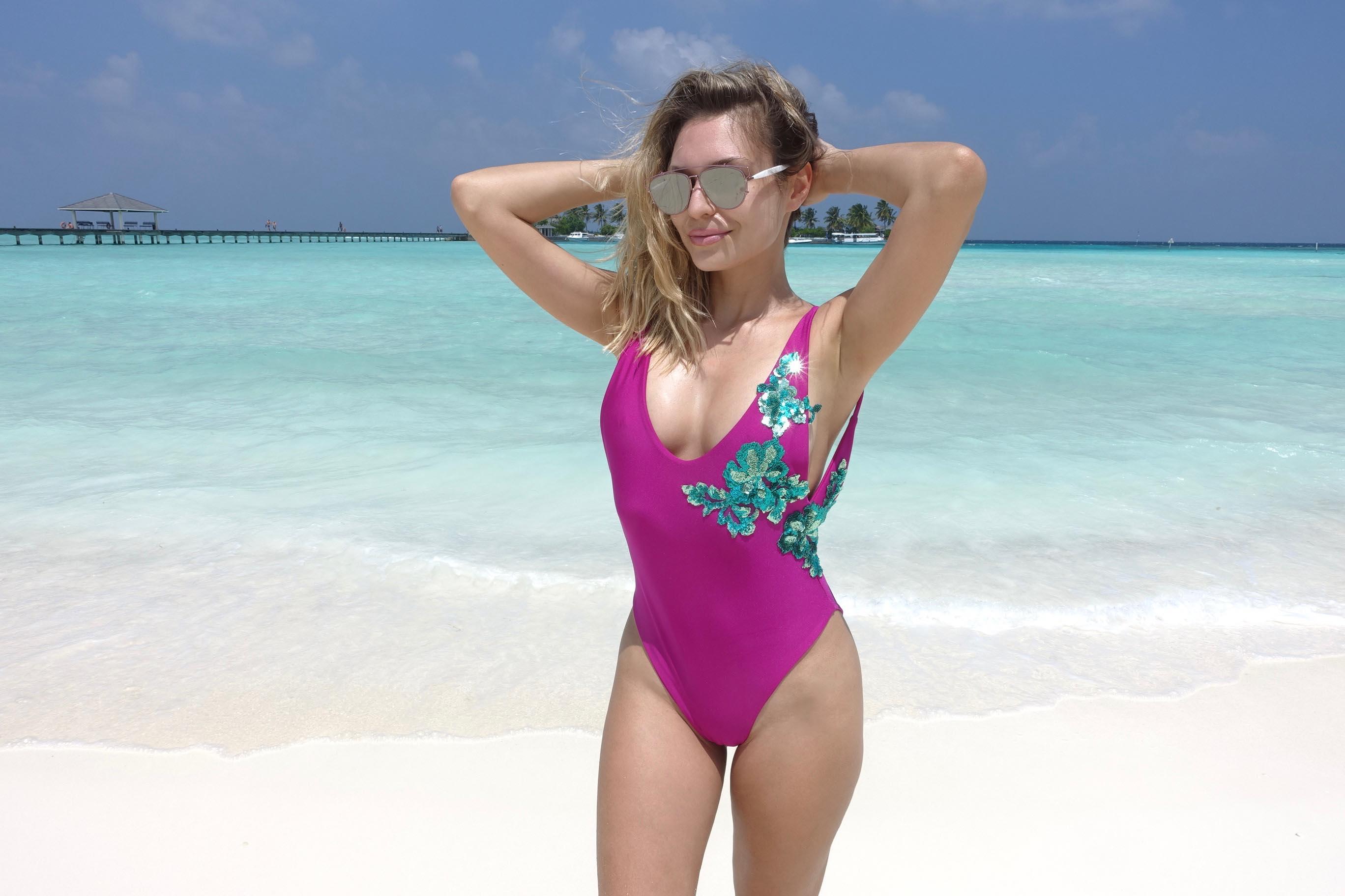 Sonja Kovač promovira kupaće kostime svjetski poznatog brenda Agjamal