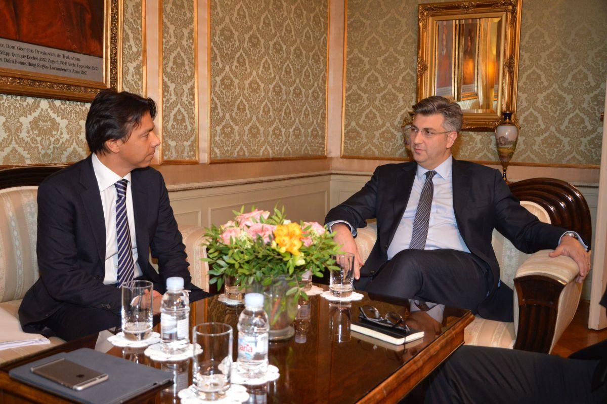 Predsjednik Vlade i Alvarez III za stabilnost Agrokora