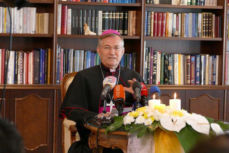 Uskrsna poruka nadbiskupa Marina Barišića