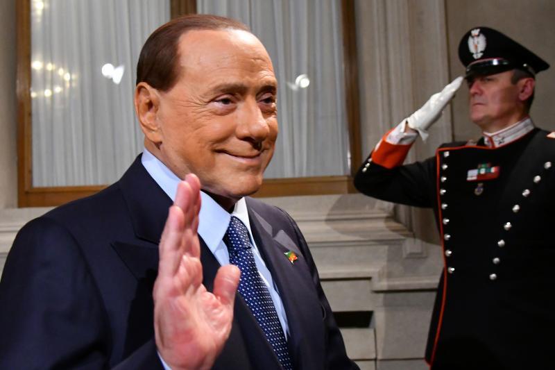 Silvio Berlusconi prodao Milan nakon 31 godine