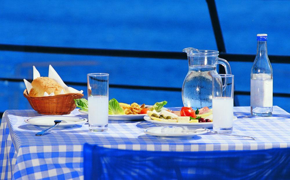 4 razloga za ljetovanje u Grčkoj