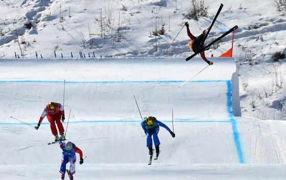 Pogledajte let i pad kanadskog skijaša