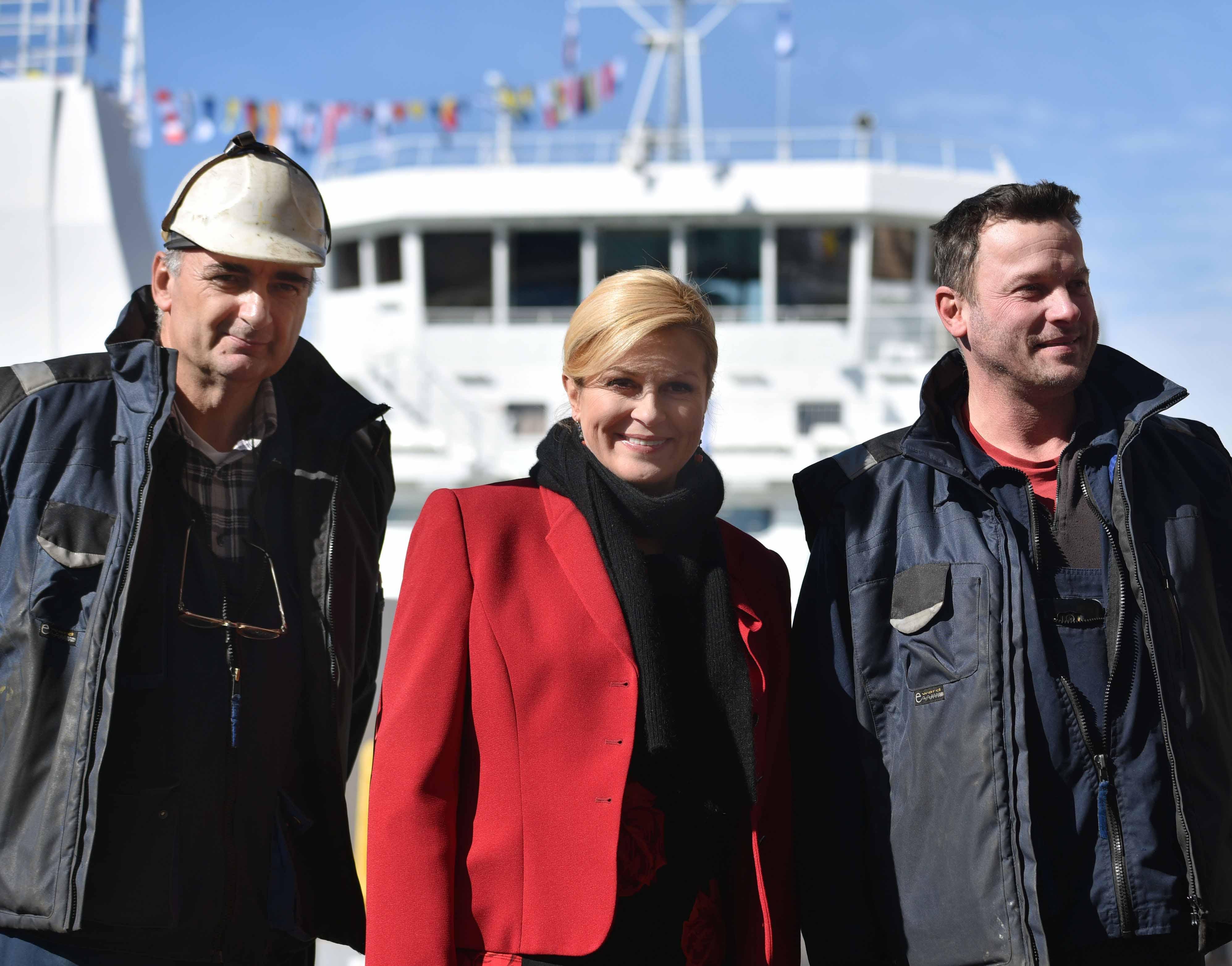"""Predsjednica sudjelovala na svečanosti primopredaje i krštenja broda """"Četiri zvonika"""""""
