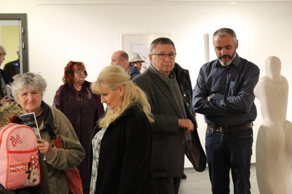 Kako je bilo na otvorenju izložbe Petra Hranuellija