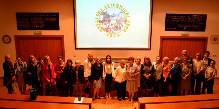 """Održan prvi Simpozij s međunarodnim sudjelovanjem """"Zajedništvom do oralnog i općeg zdravlja – multidisciplinarna suradnja u svakodnevnom kliničkom radu"""" 200 foto!"""