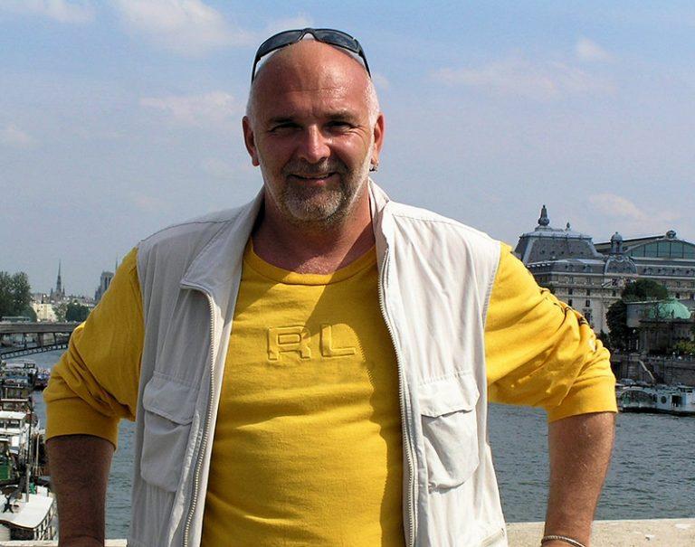 Razgovor s Miljenkom Bengezom u povodu samostalne  izložbe u Parizu