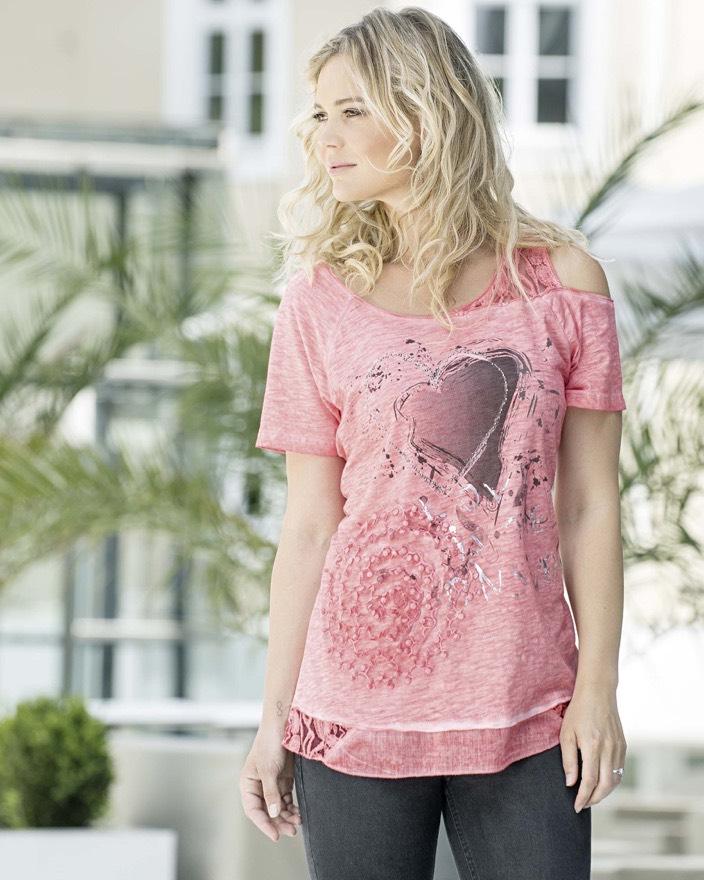 Tekstil Karntner je moderan modni brand