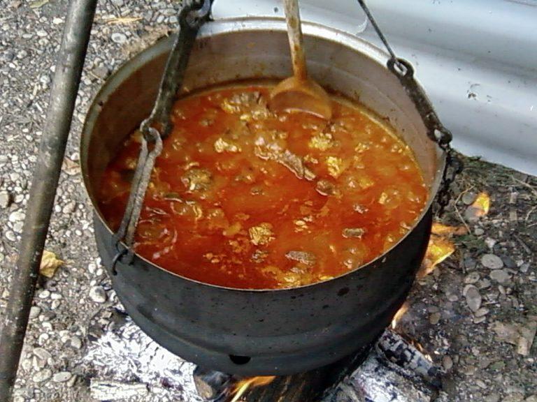 Čobanac, tradicionalno jelo kontitnentalne Hrvatske, ali i Dalmacije