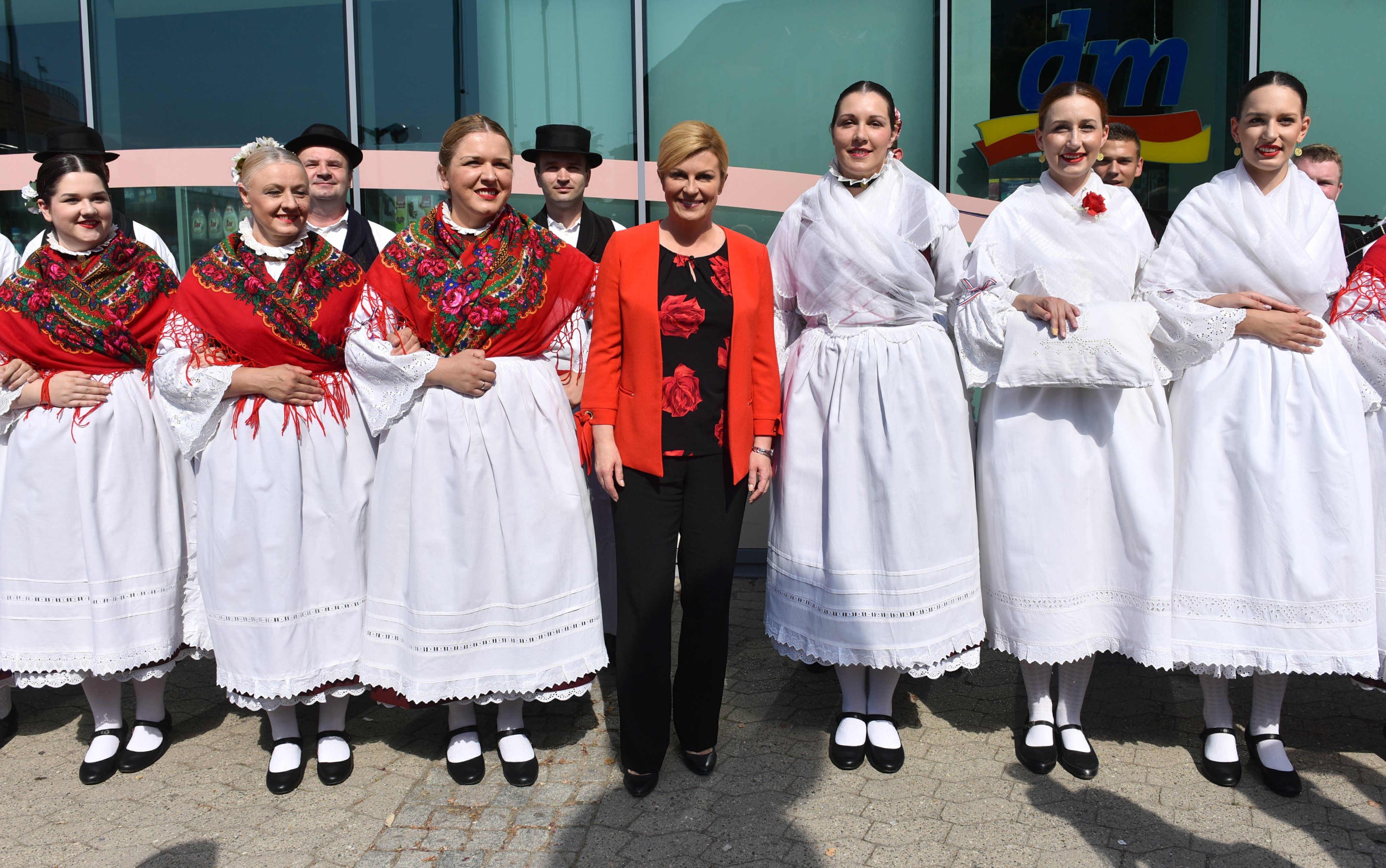 Predsjednica s predstavnicima Obiteljskih poljoprivrednih gospodarstava Osječko-baranjske županije
