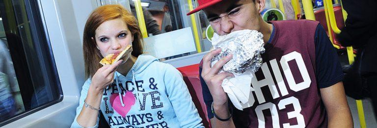 Bečko poduzeće za javni prijevoz želi zabraniti konzumaciju hrane s jakim mirisom u svojim vozilima