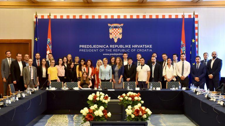 """Održan okrugli stol na temu """"Biti mlad i ostati živjeti u Hrvatskoj"""""""
