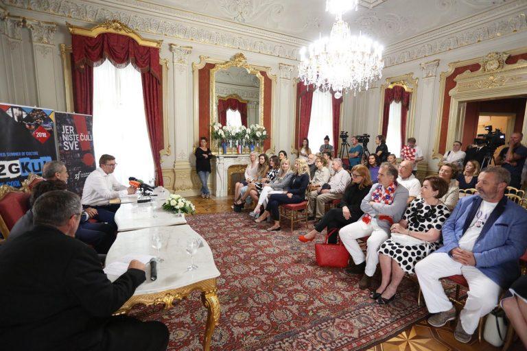 Zagrebačka filharmonija održala konferenciju za medije povodom koncerta s Julianom Rachlinom na Tomislavcu