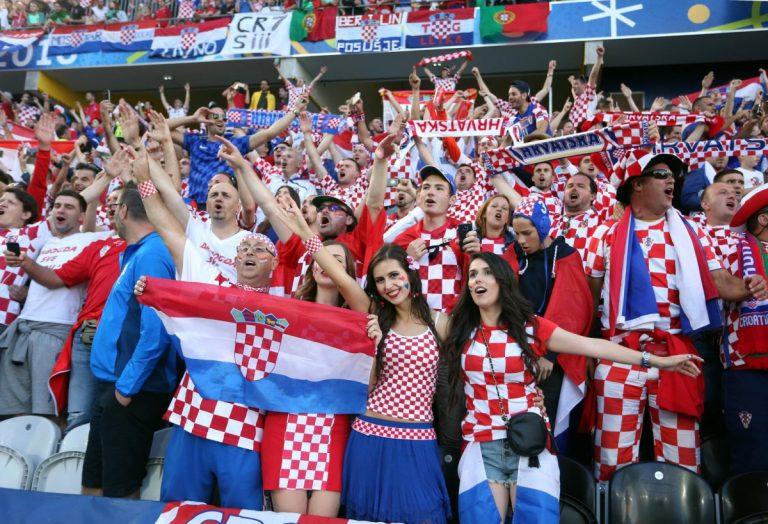 Split: Organizirano gledanje četvrtfinalne utakmice između Hrvatske i Rusije