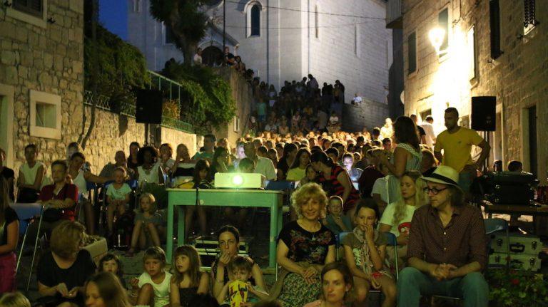 8. POSTIRA SEASIDE FILM FESTIVAL – more filmova uz obalu mora