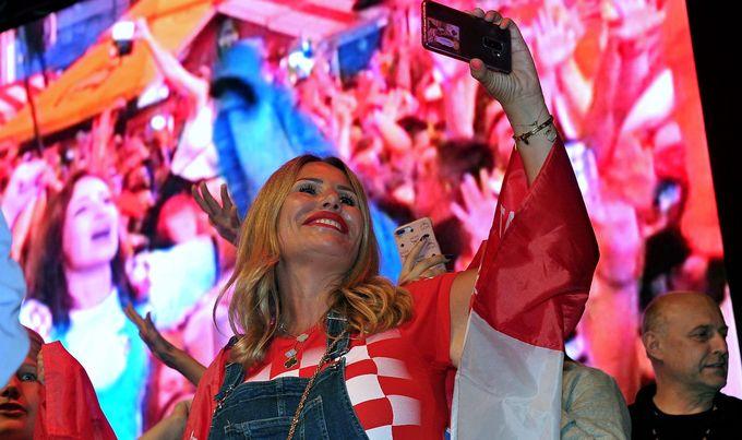 Slavlje navijača nakon ulaska Vatrenih u finale na Svjetskom nogometnom prvenstvu